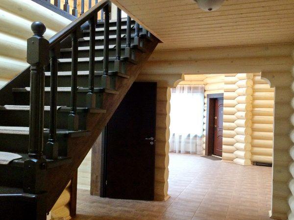 Д-06 проект Синдика. лестница в интерьере