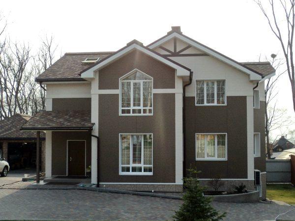 Фасад каркасного дома из фиброцементных панелей