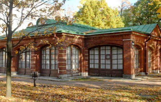 Дом Петра Первого с облицовкой под кирпич
